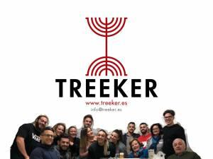 Logo Treeker con la familia
