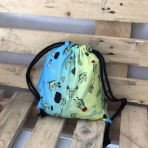 mochila pequeña de aguacates